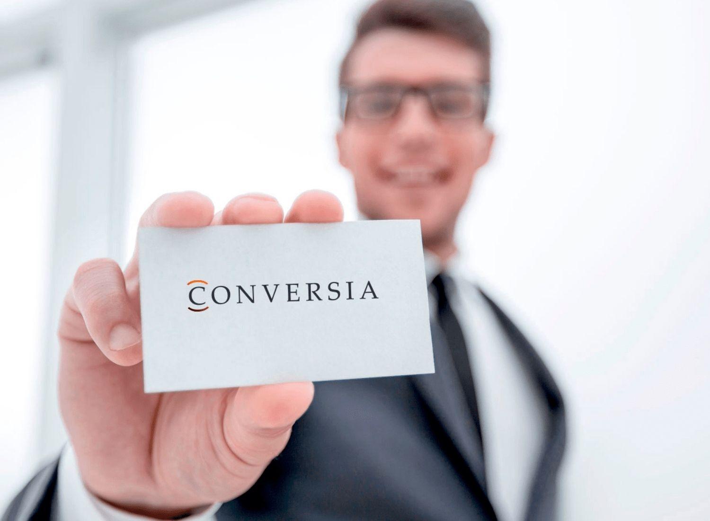 Contacta con Conversia